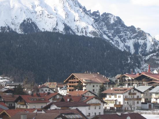 Nauders with Tirolerhof in centre