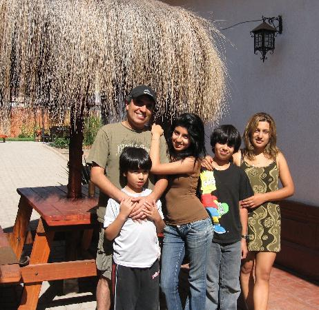 Hostal Balmaceda: Victor, children, and wife Caroline