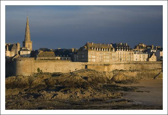 Les remparts, Saint-Malo