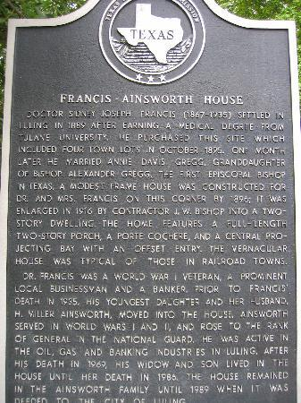 The Ainsworth House Inn: plaque out front