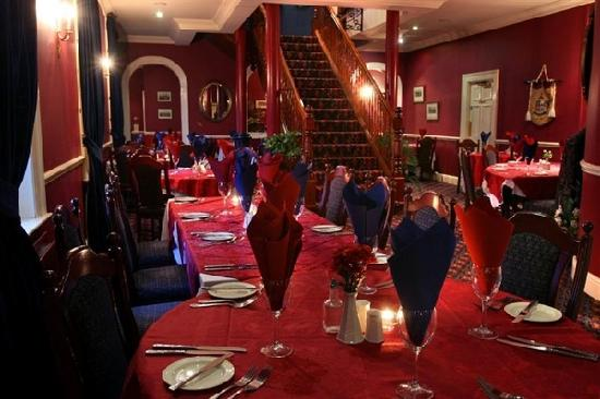 Downshire Arms Hotel: dining room