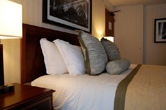 Wyndham Cleveland at Playhouse Square: All guestrooms were renovated and upgraded with complimentary 20meg fiber-optic Internet Service
