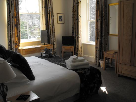 The Beeches Guest House: King Sized room