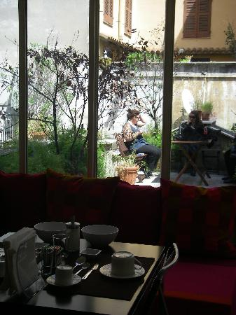 B&B คอร์โซ่ 22: on voit la terrasse
