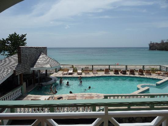Kalinago Beach Resort: View from my room's balcony