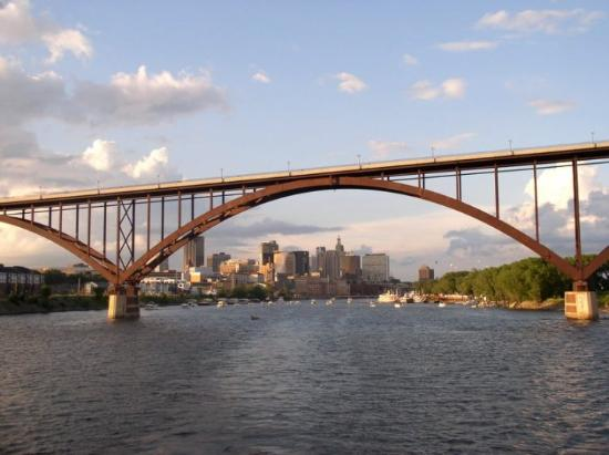 Saint Paul, MN: St Paul, Mn dinner cruise after Grand Excursion Bike Ride