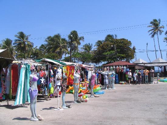 Hesperia Playa El Agua: Marché aux puces