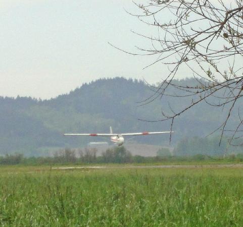 Cascade Soaring: Landing