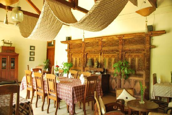 Rumah Mertua Boutique Hotel & Garden Restaurant & Spa : the resto