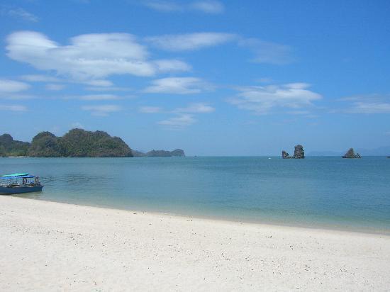 Meritus Pelangi Beach Resort & Spa, Langkawi : une plage au nord de l'ile