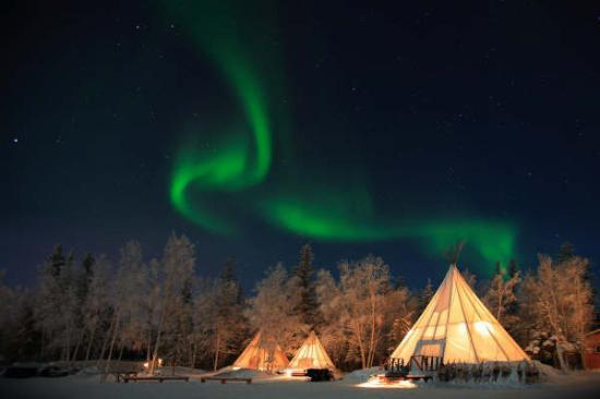 Sainte Agathe des Monts, Kanada: Aurores boréales au dessus du Yukon