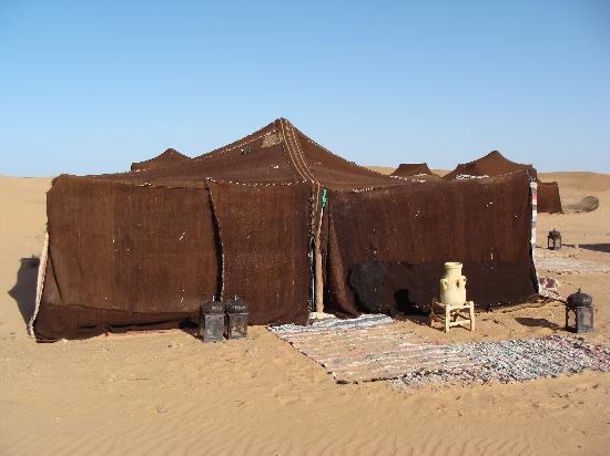 Auberge  Derkaoua: Auberge Derkaoua - Sahara - out tent