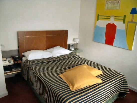 The New Midi Hotel: Single room