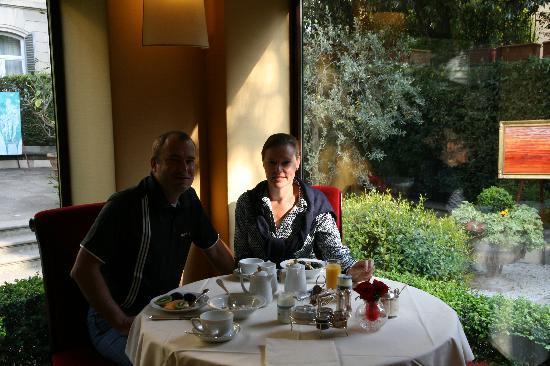 Hotel Regency: Breakfast spot