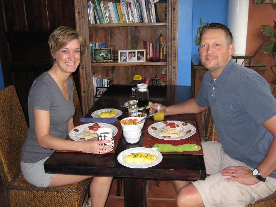 Casa Bella Rita Boutique Bed & Breakfast: Our decadent breakfast!