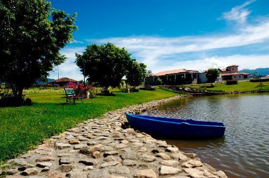 Hacienda Los Molinos Boutique Hotel: En Nuestro Lago podrás Disfrutar con sus hijos de una Tarde de pesca y el chef le podrá preparar