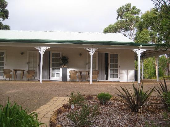 Llewellin's Guest House: View of bedrooms from garden