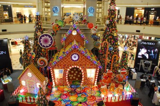 Christmas @ Suria KLCC Mall - Picture of Suria KLCC Mall, Kuala ...