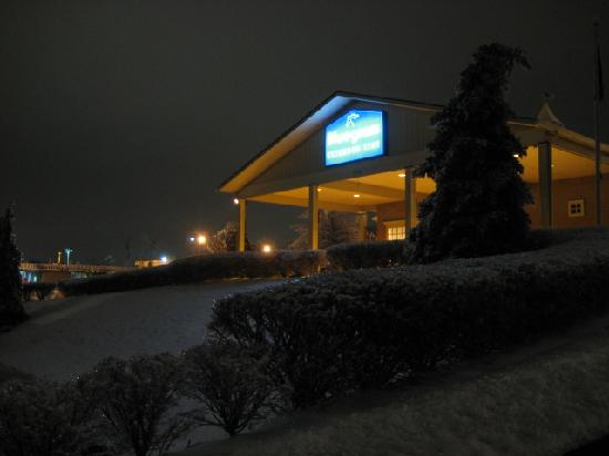 Bluegrass Extended Stay Hotel: Bluegrass Ext. Stay as seen from Richmond Road