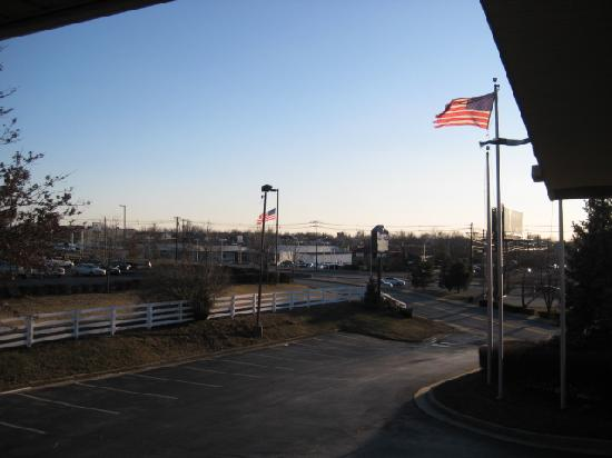 Bluegrass Extended Stay Hotel : View outside the window