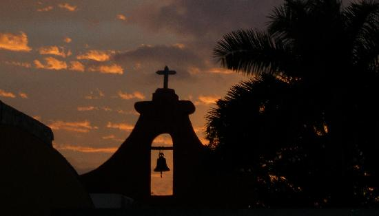 Luz En Yucatan: Santa Lucia from the rooftop patio