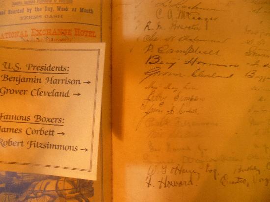 Holbrooke Hotel: Signature Book