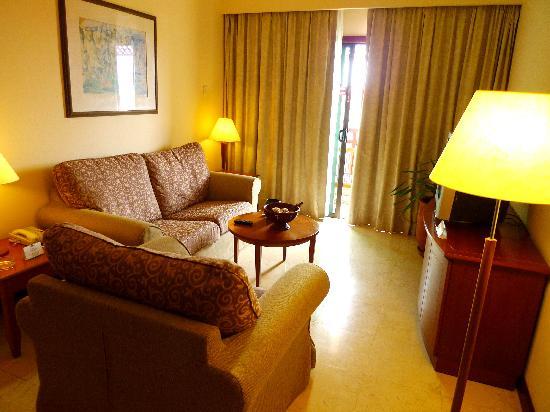 Holiday Inn Resort Batam: Living Room