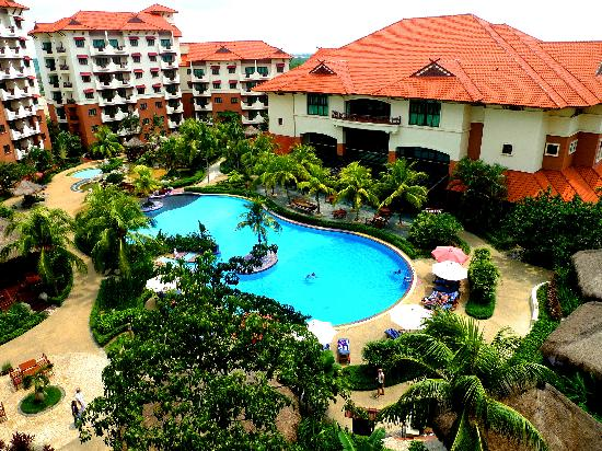 Holiday Inn Resort Batam: Scenery from our suite