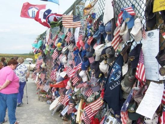 Shanksville, Pensylwania: The fence of remembrance.