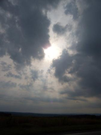 Shanksville, Pensylwania: The sky over the crash site as we were leaving........ God reminding us that he is still with us
