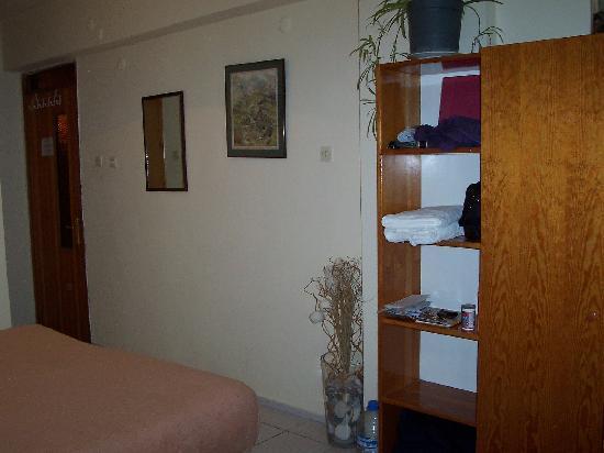 Kiwi Pension : Bedroom 2