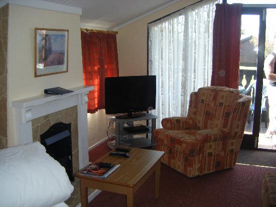 Hoburne Naish: living room,