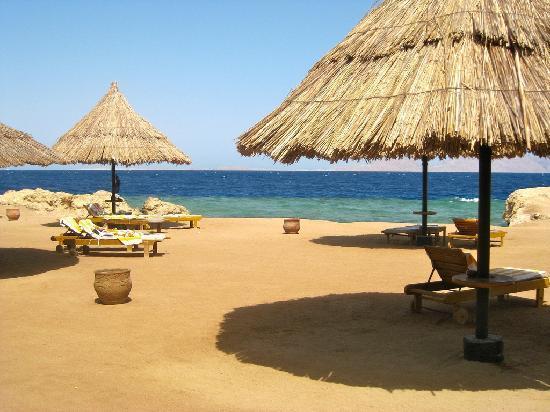 Sheraton Sharm Hotel, Resort, Villas & Spa: Beach view