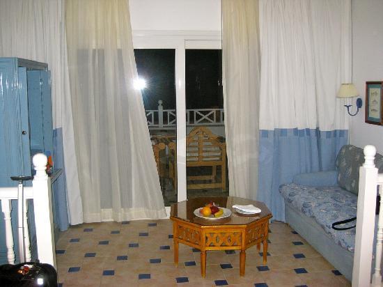 Sheraton Sharm Hotel, Resort, Villas & Spa: sitting room area