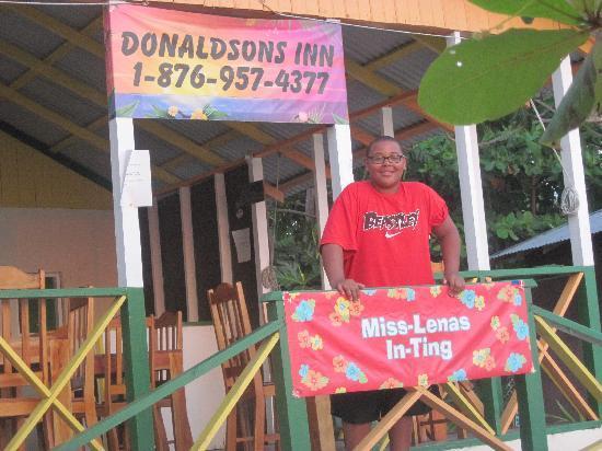 Donaldson's Inn on the Beach: Great food at the Inn