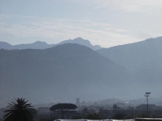 Hotel Caravel Sorrento: vue du balcon le matin