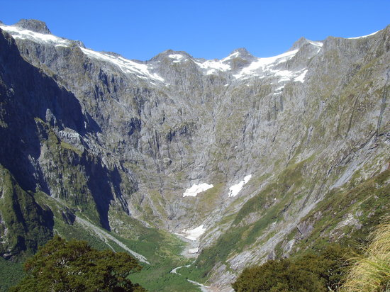 Fiordland National Park, Nieuw-Zeeland: Walking the track