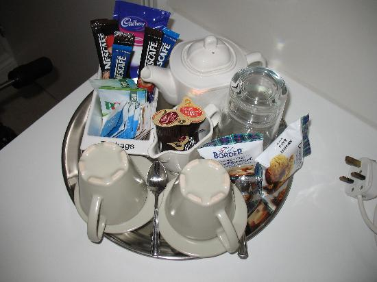 The Bays Guest House: Hospitality tray