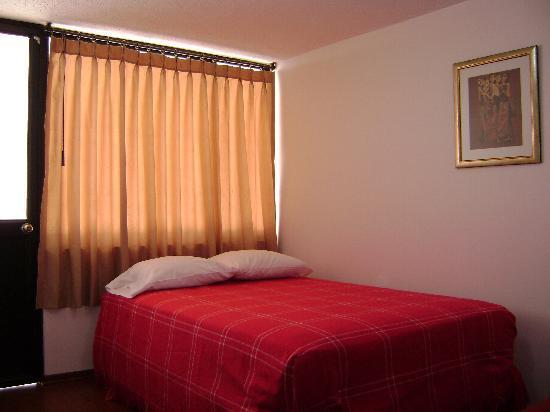 Ecuatreasures B&B: Pichincha Room - Habitación Pichincha