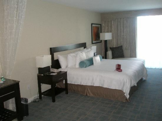 DoubleTree Resort by Hilton Hollywood Beach: the room