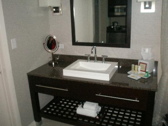 DoubleTree Resort by Hilton Hollywood Beach: the cool sink