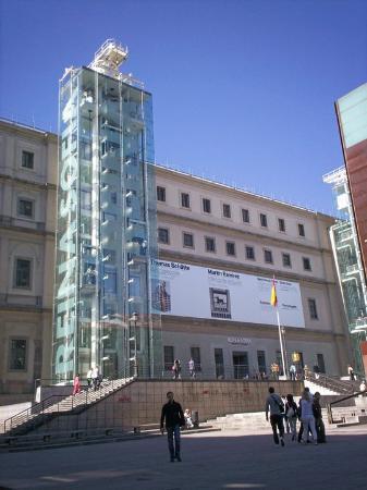 Guernica by picasso amazing to see it in person - Museo nacional centro de arte reina sofia ...