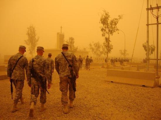 Balad, Ιράκ: sand storm