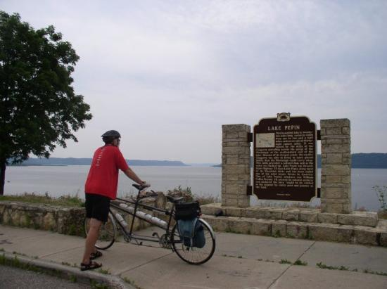 Lake City, MN: Lake Pepin, Mn On the Grand Excursion Bike Ride
