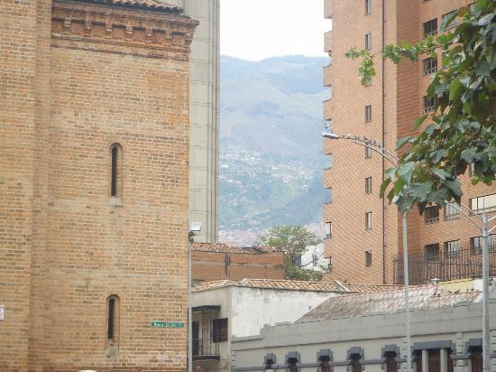 61Prado Guesthouse: Medellin city