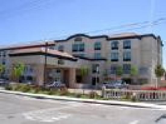 BEST WESTERN Coyote Point Inn: image01