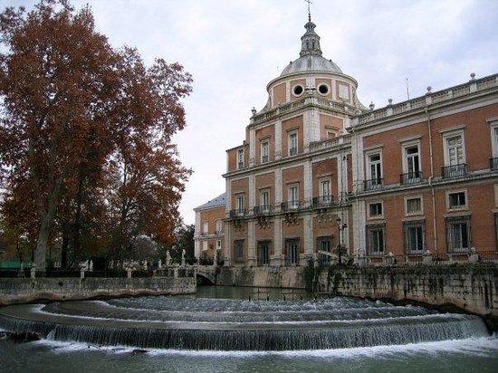 Aranjuez en primavera madrid picture of aranjuez for Hotel jardin aranjuez