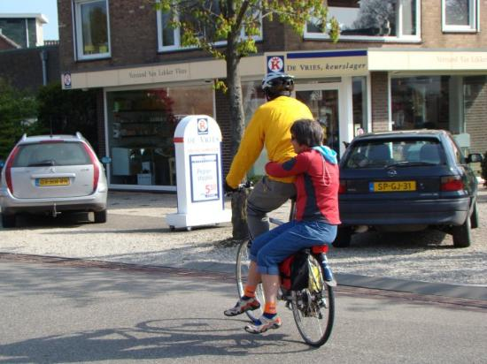 Gorinchem, The Netherlands  Riding like the Dutch!