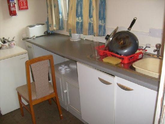 Sandown Hotel: Kitchen - the way we found it!