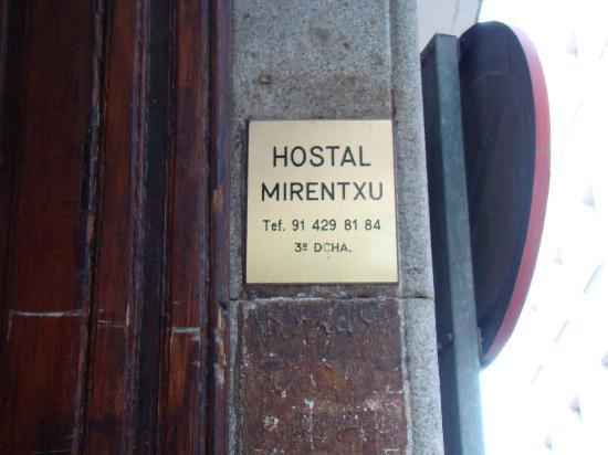 Hostal Mirentxu: Entrance.